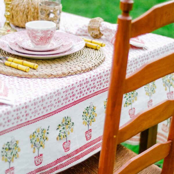 Outdoor Thanksgiving Tablesetting